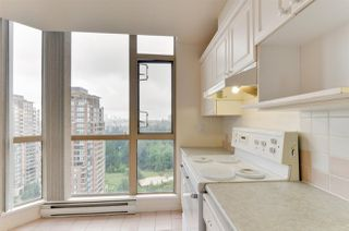 "Photo 6: 1901 6838 STATION HILL Drive in Burnaby: South Slope Condo for sale in ""BELGRAVIA"" (Burnaby South)  : MLS®# R2285193"