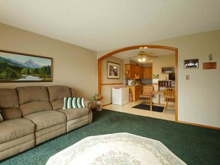 "Photo 9: 205 46165 GORE Avenue in Chilliwack: Chilliwack E Young-Yale Condo for sale in ""Charming Old Town Chilliwack"" : MLS®# R2289841"