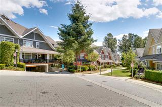 Photo 19: 52 6878 SOUTHPOINT Drive in Burnaby: South Slope Townhouse for sale (Burnaby South)  : MLS®# R2291534