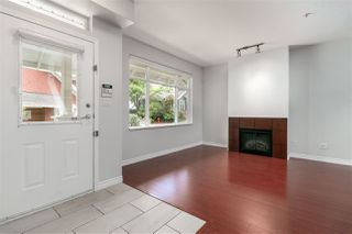 Photo 3: 52 6878 SOUTHPOINT Drive in Burnaby: South Slope Townhouse for sale (Burnaby South)  : MLS®# R2291534