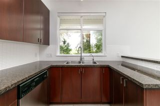 Photo 11: 52 6878 SOUTHPOINT Drive in Burnaby: South Slope Townhouse for sale (Burnaby South)  : MLS®# R2291534