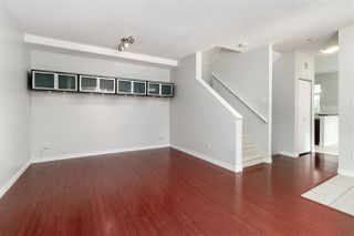 Photo 5: 52 6878 SOUTHPOINT Drive in Burnaby: South Slope Townhouse for sale (Burnaby South)  : MLS®# R2291534