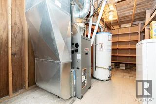 Photo 17: 1042 Garwood Avenue in Winnipeg: Residential for sale (1Bw)  : MLS®# 1820911
