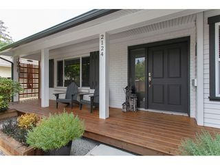 Photo 4: 2124 153A Street in Surrey: King George Corridor House for sale (South Surrey White Rock)  : MLS®# R2295092