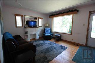 Photo 3: 300 Linden Avenue in Winnipeg: East Kildonan Residential for sale (3D)  : MLS®# 1822592