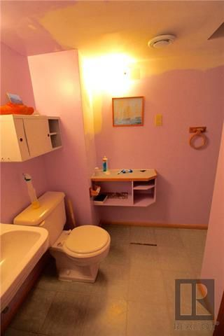 Photo 10: 300 Linden Avenue in Winnipeg: East Kildonan Residential for sale (3D)  : MLS®# 1822592