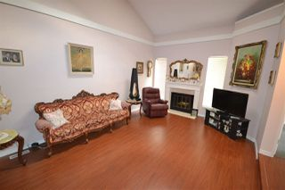 Photo 4: 7213 QUATSINO Drive in Vancouver: Champlain Heights Townhouse for sale (Vancouver East)  : MLS®# R2305258