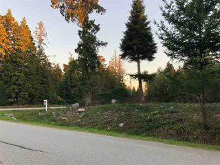 Main Photo: LOT 11 SUNNYSIDE Drive in Gibsons: Gibsons & Area Home for sale (Sunshine Coast)  : MLS®# R2315191