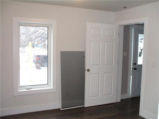 Photo 9: 181 Coniston Street in Winnipeg: Norwood Flats Residential for sale (2B)  : MLS®# 1829643