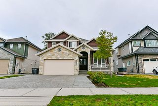 Main Photo: 7020 150 Street in Surrey: East Newton House for sale : MLS®# R2326457