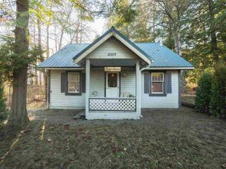 """Main Photo: 4169 COLUMBIA VALLEY Highway: Cultus Lake House for sale in """"CULTUS LAKE"""" : MLS®# R2328062"""