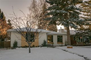 Photo 2: 935 LAKE CHRISTINA Way SE in Calgary: Lake Bonavista Detached for sale : MLS®# C4221267