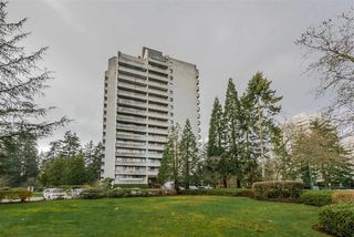 "Main Photo: 608 4134 MAYWOOD Street in Burnaby: Metrotown Condo for sale in ""PARK AVENUE TOWERS"" (Burnaby South)  : MLS®# R2335971"