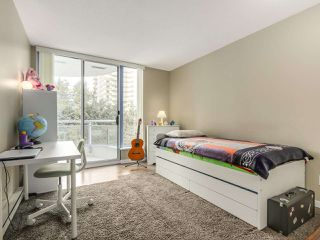 "Photo 15: 302 719 PRINCESS Street in New Westminster: Uptown NW Condo for sale in ""STIRLING PLACE"" : MLS®# R2344844"