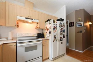 Photo 9: 2873 Young Place in VICTORIA: La Glen Lake Strata Duplex Unit for sale (Langford)  : MLS®# 407802