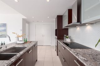 """Photo 6: 1402 1028 BARCLAY Street in Vancouver: West End VW Condo for sale in """"PATINA"""" (Vancouver West)  : MLS®# R2356934"""