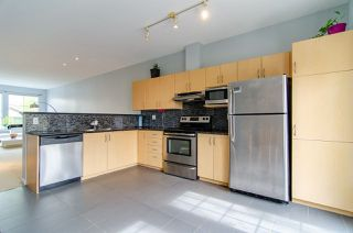 Photo 5: 22 14952 58 Avenue in Surrey: Sullivan Station Townhouse for sale : MLS®# R2367410