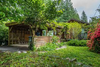 Photo 2: 4480 HOSKINS Road in North Vancouver: Lynn Valley House for sale : MLS®# R2370707