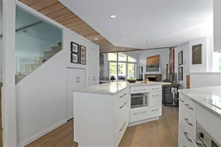 """Photo 5: 215 1045 W 8TH Avenue in Vancouver: Fairview VW Townhouse for sale in """"GREENWOOD PLACE"""" (Vancouver West)  : MLS®# R2377457"""