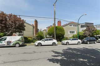"""Photo 17: 215 1045 W 8TH Avenue in Vancouver: Fairview VW Townhouse for sale in """"GREENWOOD PLACE"""" (Vancouver West)  : MLS®# R2377457"""