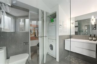 """Photo 16: 215 1045 W 8TH Avenue in Vancouver: Fairview VW Townhouse for sale in """"GREENWOOD PLACE"""" (Vancouver West)  : MLS®# R2377457"""