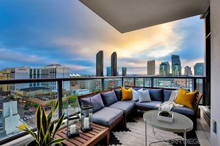 Main Photo: DOWNTOWN Condo for sale : 2 bedrooms : 575 6th #808 in San Diego