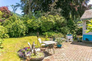 Photo 3: 1056 RUTHINA Avenue in North Vancouver: Canyon Heights NV House for sale : MLS®# R2381585