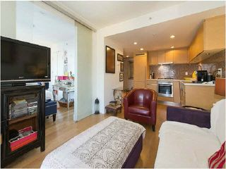 Main Photo: 806 565 SMITHE Street in Vancouver: Downtown VW Condo for sale (Vancouver West)  : MLS®# R2384859