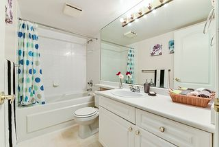 """Photo 15: 107 15110 108 Avenue in Surrey: Guildford Condo for sale in """"River Pointe"""" (North Surrey)  : MLS®# R2395559"""