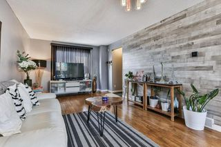 Photo 5: 2824 66 Street NE in Calgary: Pineridge Detached for sale : MLS®# C4274785