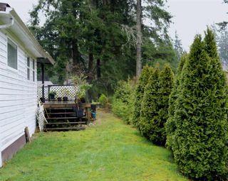 Photo 11: 2 1123 FLUME Road: Roberts Creek Manufactured Home for sale (Sunshine Coast)  : MLS®# R2434459
