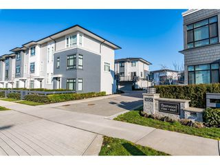 "Main Photo: 704 16525 WATSON Drive in Surrey: Fleetwood Tynehead Townhouse for sale in ""Fleetwood Rise"" : MLS®# R2443907"