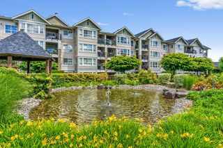 "Photo 15: 126 19677 MEADOW GARDENS Way in Pitt Meadows: North Meadows PI Condo for sale in ""FAIRWAYS"" : MLS®# R2459404"