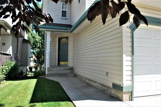 Photo 2: 130 BRIDLEWOOD Way SW in Calgary: Bridlewood Detached for sale : MLS®# A1019777