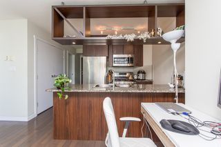 "Photo 5: 1605 1010 RICHARDS Street in Vancouver: Yaletown Condo for sale in ""The Gallery"" (Vancouver West)  : MLS®# R2487473"