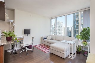"Photo 8: 1605 1010 RICHARDS Street in Vancouver: Yaletown Condo for sale in ""The Gallery"" (Vancouver West)  : MLS®# R2487473"