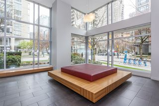 "Photo 18: 1605 1010 RICHARDS Street in Vancouver: Yaletown Condo for sale in ""The Gallery"" (Vancouver West)  : MLS®# R2487473"