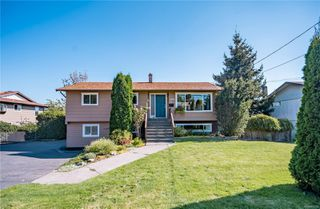 Photo 1: 705 S Alder St in : CR Campbell River Central House for sale (Campbell River)  : MLS®# 855756