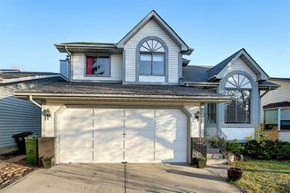 Photo 1: 108 Mckerrell Crescent SE in Calgary: McKenzie Lake Detached for sale : MLS®# A1039322