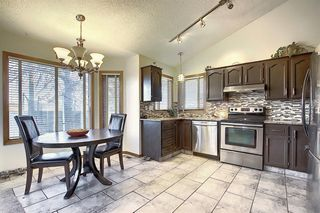 Photo 11: 108 Mckerrell Crescent SE in Calgary: McKenzie Lake Detached for sale : MLS®# A1039322