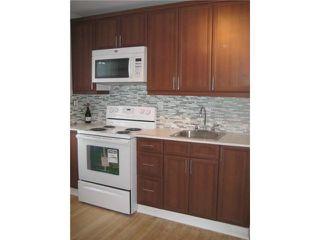 Photo 2: 228 MELBOURNE Avenue in WINNIPEG: East Kildonan Residential for sale (North East Winnipeg)  : MLS®# 1103915