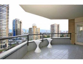 "Photo 8: # 1202 6282 KATHLEEN AV in Burnaby: Metrotown Condo for sale in ""THE EMPRESS"" (Burnaby South)  : MLS®# V925267"
