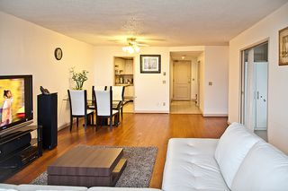 Photo 2: 1004 4350 Beresford Street in Burnaby: Metrotown Condo for sale (Burnaby South)  : MLS®# V957892