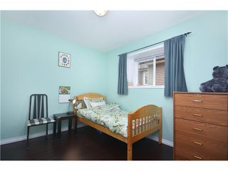 Photo 9: 1020 E 10TH AV in Vancouver: Mount Pleasant VE House 1/2 Duplex for sale (Vancouver East)  : MLS®# V1031216