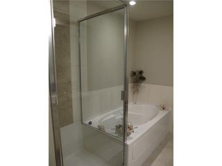 "Photo 11: 303 5099 SPRINGS Boulevard in Tsawwassen: Cliff Drive Condo for sale in ""TSAWWASSEN SPRINGS"" : MLS®# V1032661"