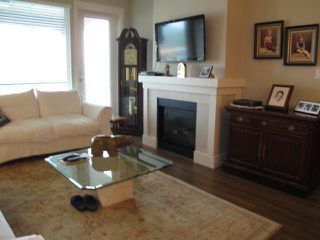 "Photo 5: 303 5099 SPRINGS Boulevard in Tsawwassen: Cliff Drive Condo for sale in ""TSAWWASSEN SPRINGS"" : MLS®# V1032661"