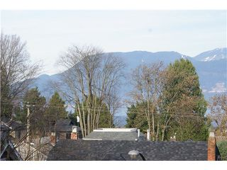 Photo 2: 3836 W 15TH Avenue in Vancouver: Point Grey House for sale (Vancouver West)  : MLS®# V1037659