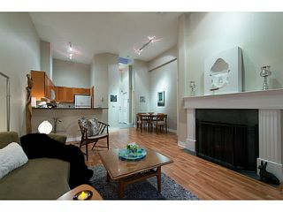 "Photo 10: 404 131 W 3RD Street in North Vancouver: Lower Lonsdale Condo for sale in ""Seascape Landing"" : MLS®# V1044034"