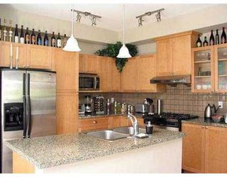 "Photo 4: 878 W 58TH AV in Vancouver: South Cambie Townhouse for sale in ""CHURCHILL GARDENS"" (Vancouver West)  : MLS®# V542610"