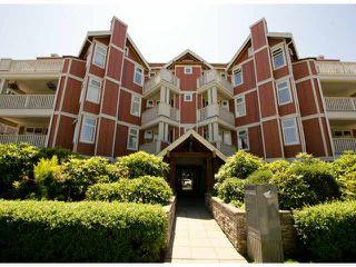 """Main Photo: 103 15368 16A Avenue in Surrey: King George Corridor Condo for sale in """"Ocean Bay Villas"""" (South Surrey White Rock)  : MLS®# F1414480"""